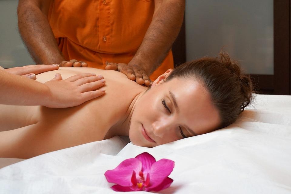 Tantra masáž je účinný a veľmi príjemný relax